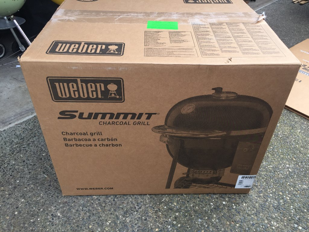 Weber Summit Charcoal Holzkohlegrill : Brisket throwdown weber summit charcoal grill vs kamado joe big